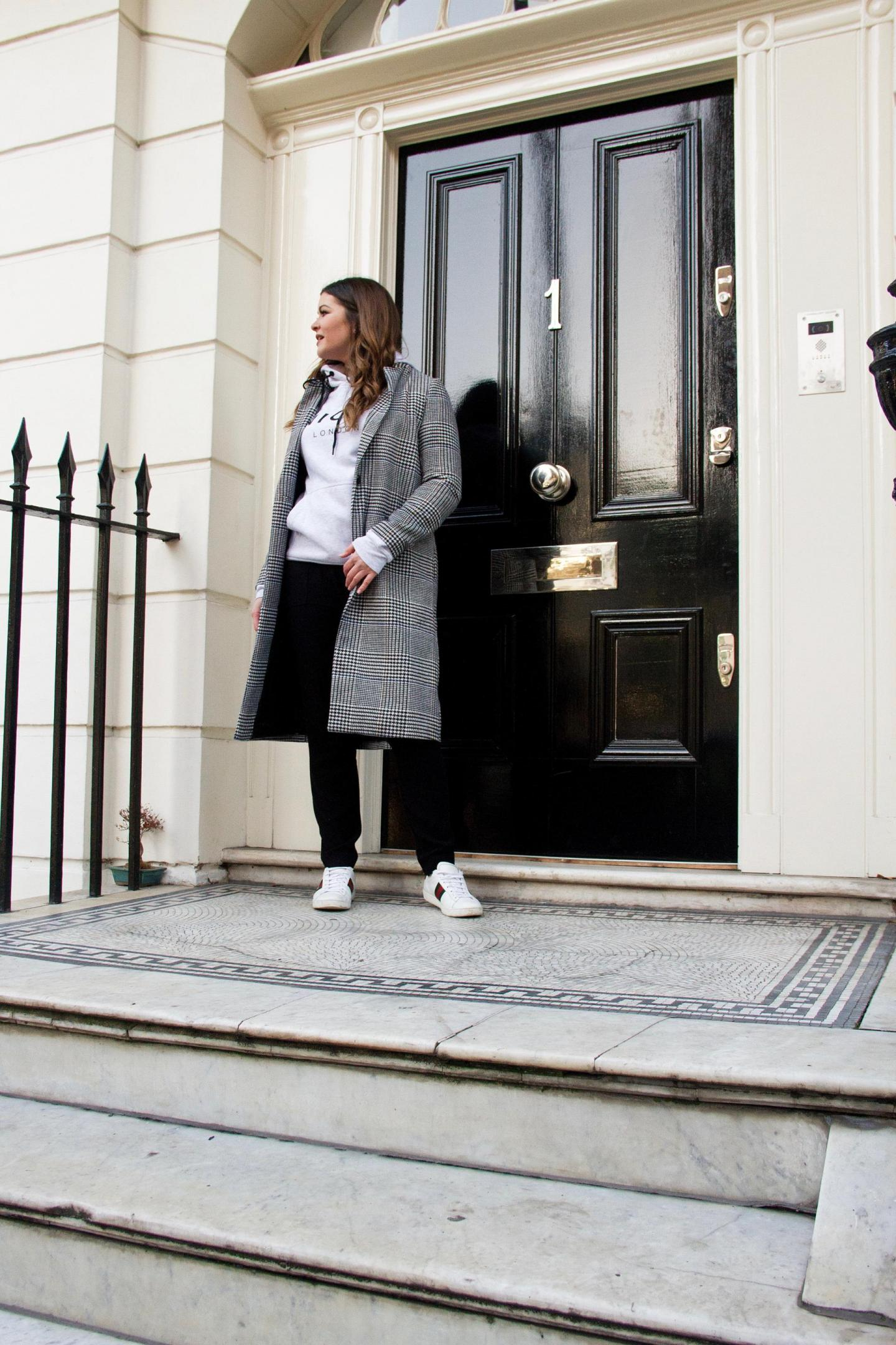 Monochrome London Street Style With Nicce